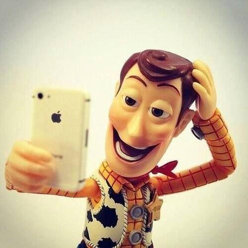 toy-story-woody-selfie
